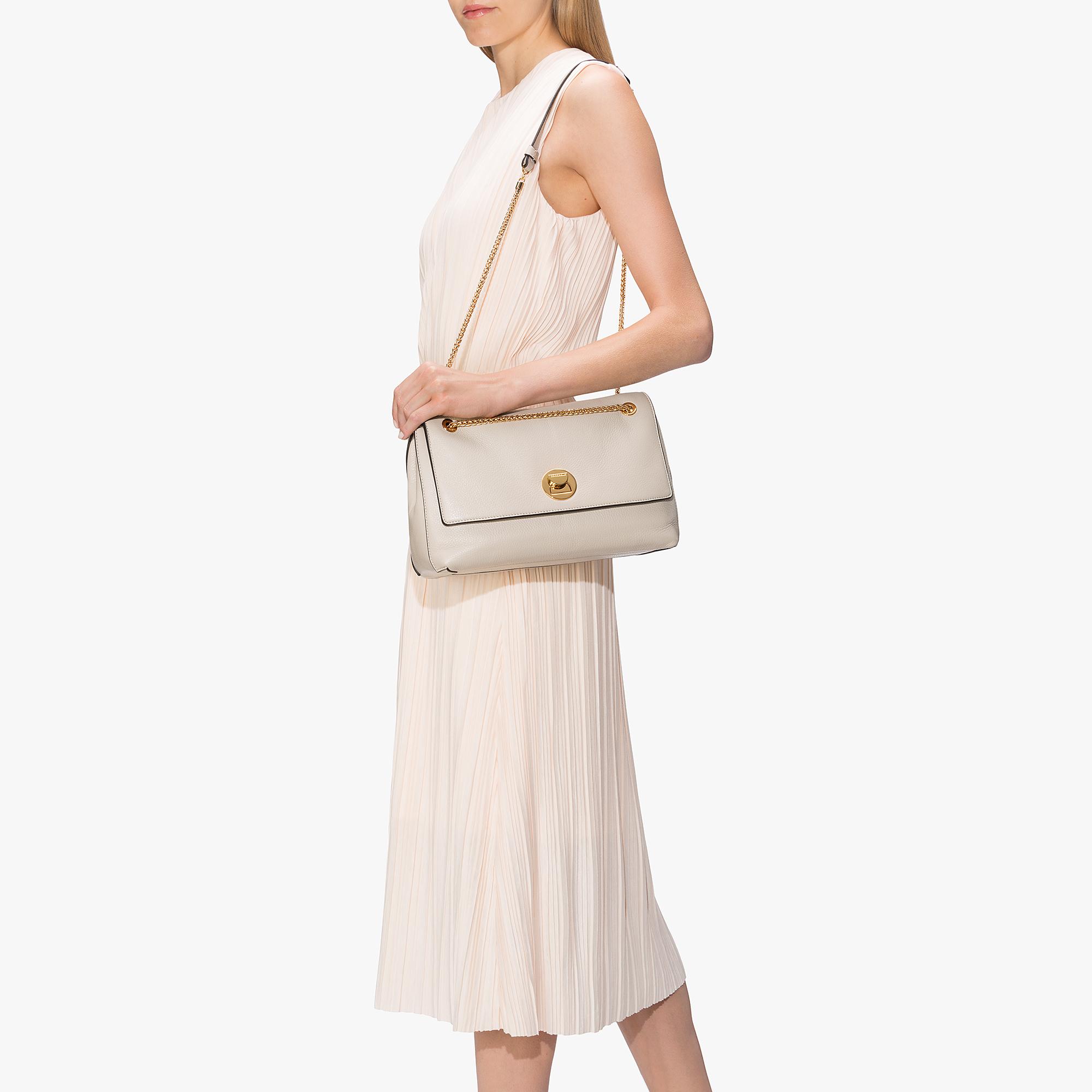 Liya leather bag with a single strap