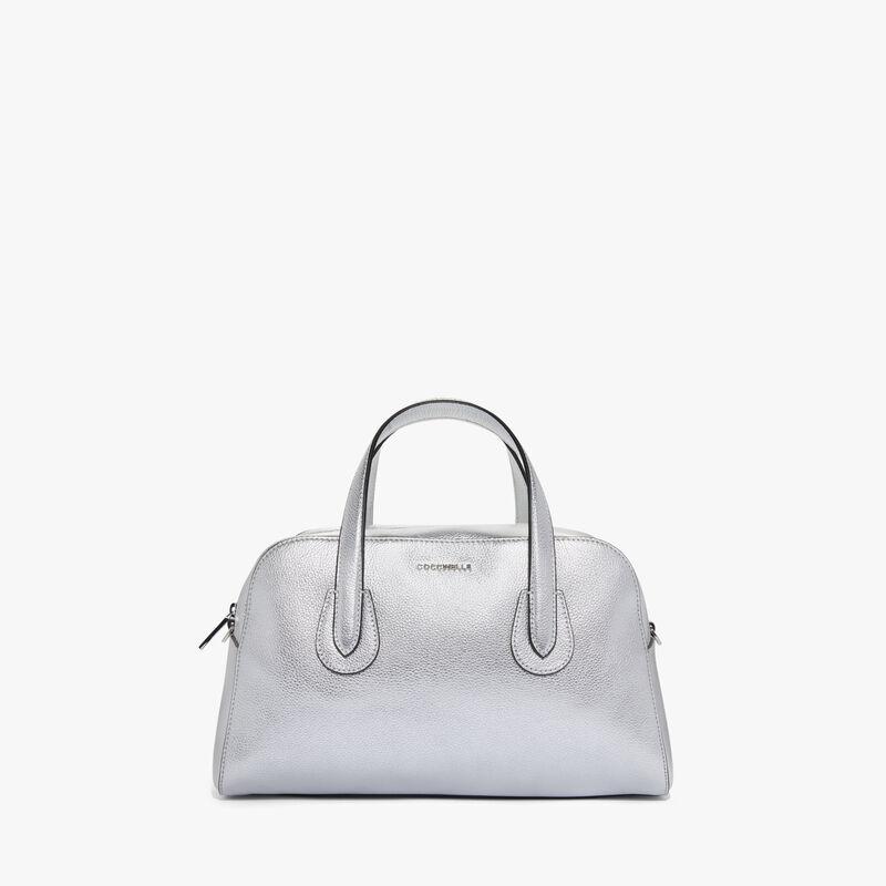 5ec66c900339b Bags