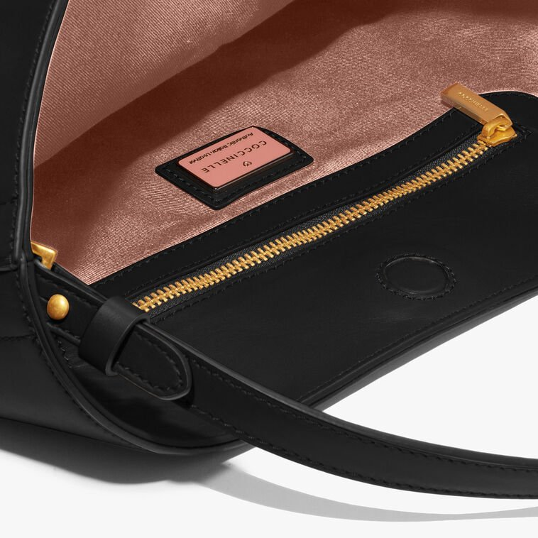 Jamila leather shoulder bag