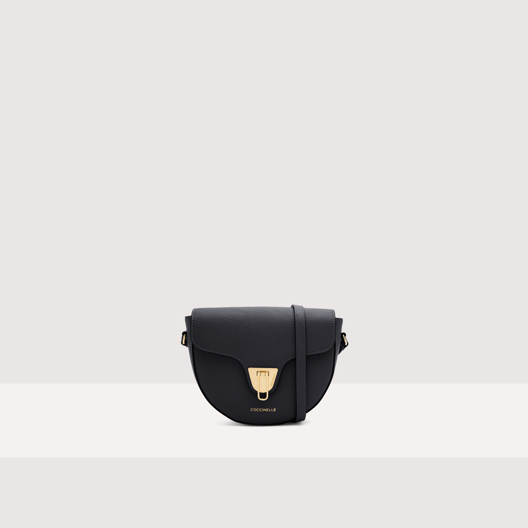 Coccinelle Beat Saddle Small Soft 1