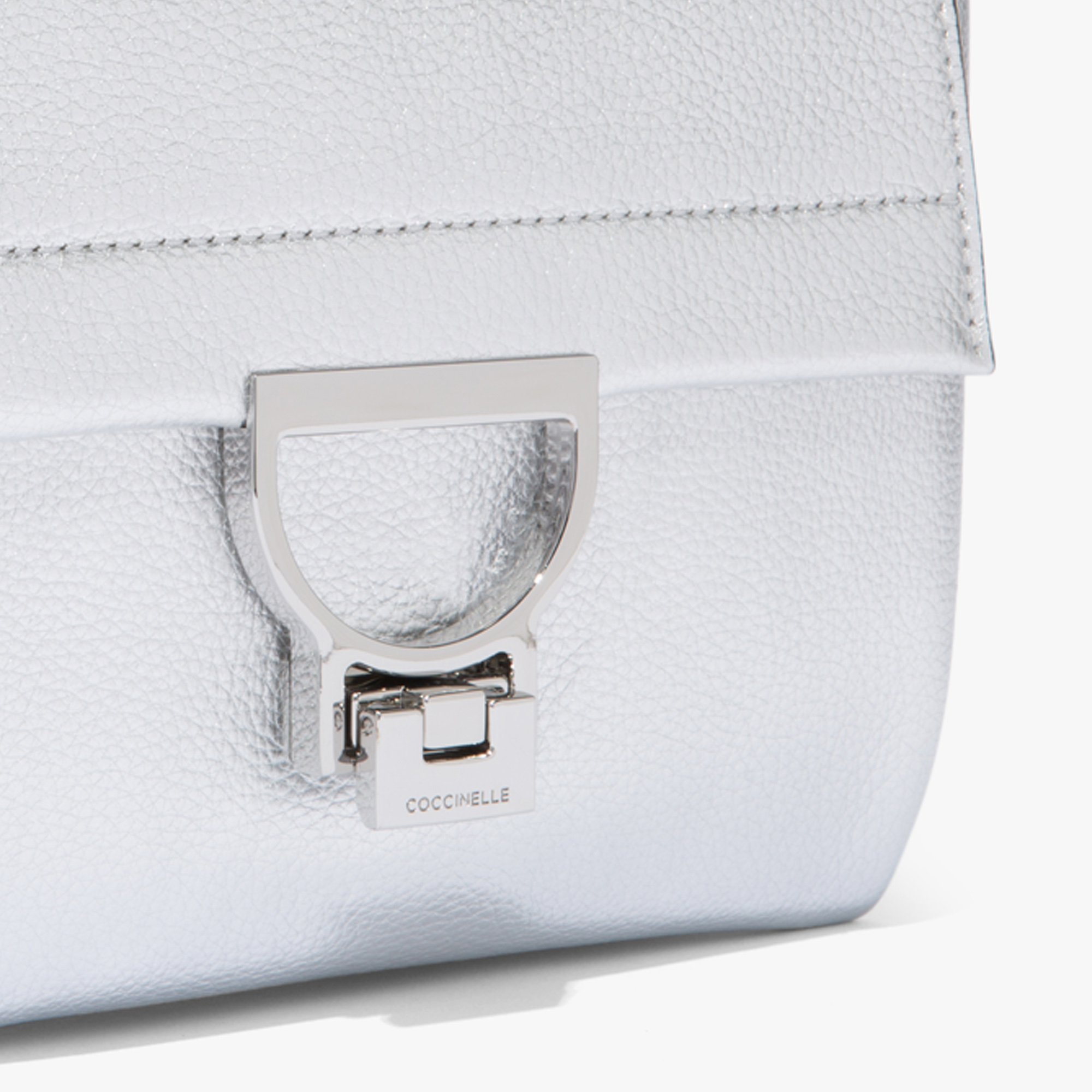 Arlettis leather minibag