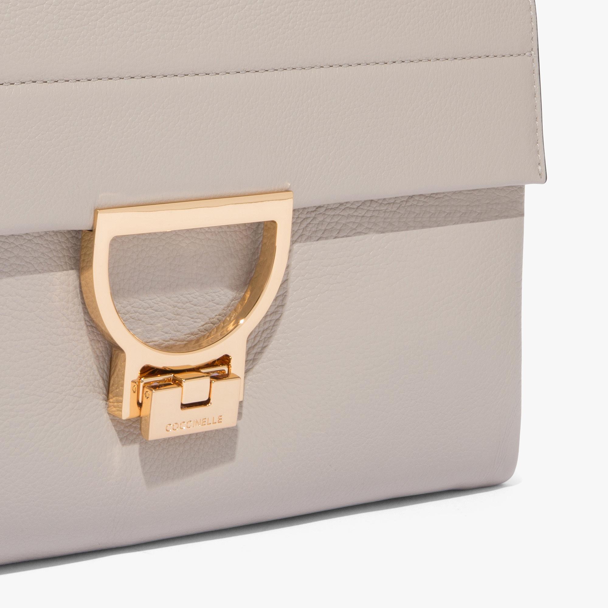 Arlettis leather bag with single shoulder strap